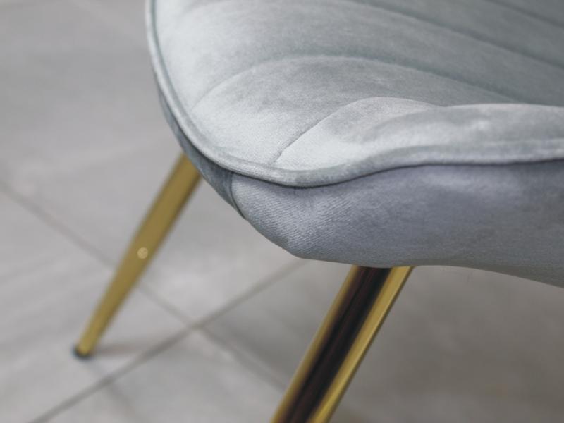 Stylowe krzesło welurowe VERSO czarne z czarnymi nogami